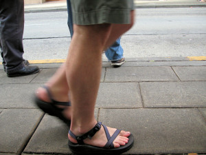 Sandals_walking