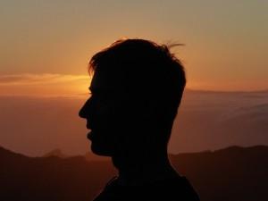profile-384540_640