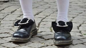 shoes-365385_640