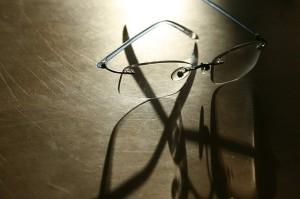 glasses-105258_640