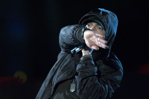 Eminem_performing_in_2014