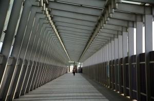 corridor-536414_640