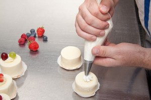 cream-170439_640
