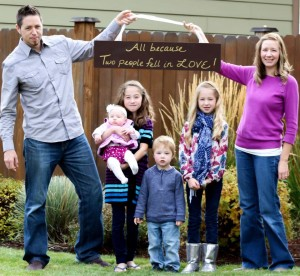 Pastor Ryan Moffet family photo