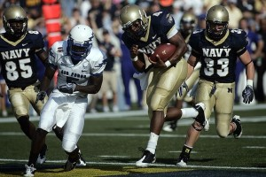 Navy Wide Receiver Scoring A Touchdown During A Saturday College Football Game - Addiction Hope