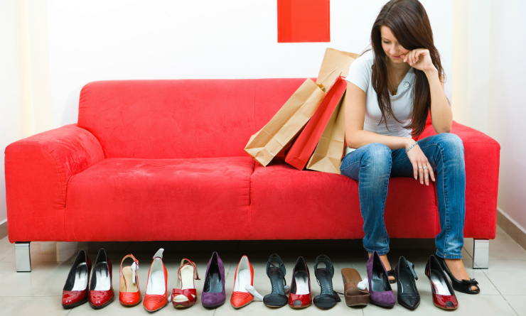 5 Signs Of A Shopping Addiction