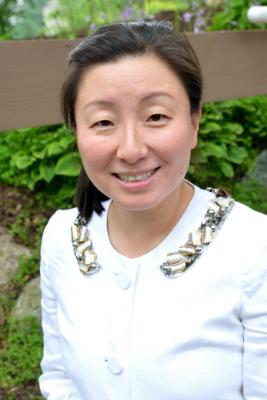 Dr SooMi Lee-Samuel - Addiction Hope Guest Writer