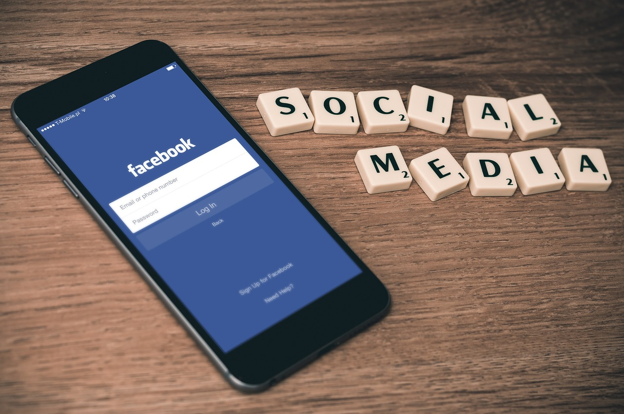 Social networking effects on relationships