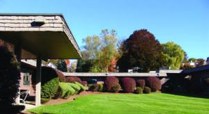 Haverhill Pavilion Behavioral Health Courtyard
